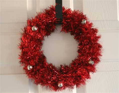 supply holiday tinsel wreath   takes