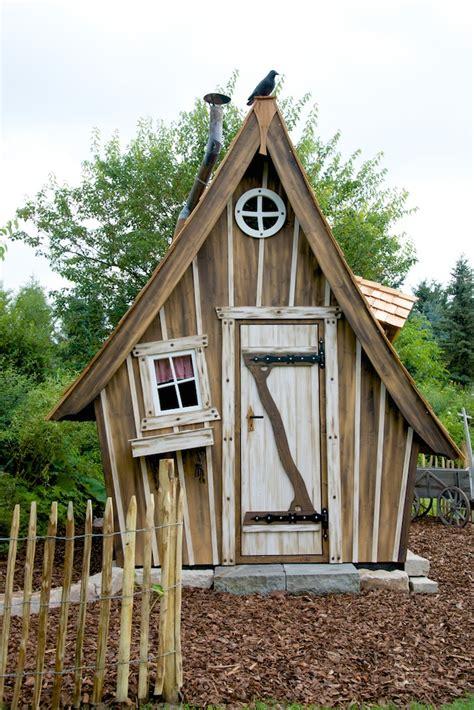 garten hexenhaus selber bauen m 228 rchenhaus lieblingsplatz hexenhaus obi lieblingsplatz haus gartenhaus und