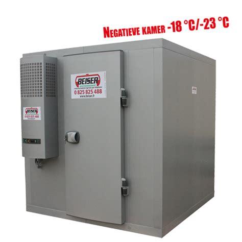 chambre froide en kit chambre froide négative 6 31 m3 avec étagères 18 23