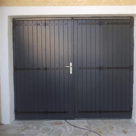 porte de garage en bois r 233 novation porte de garage bois 224 villeneuve les maguelone