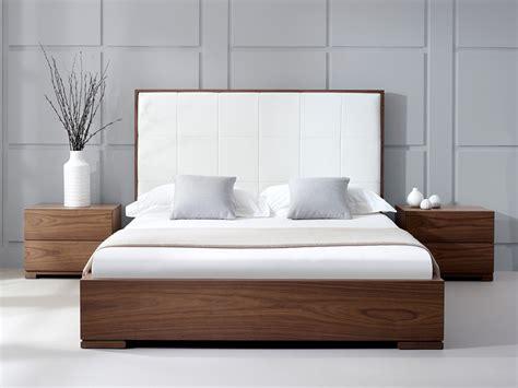 Bella Natural Walnut Bed