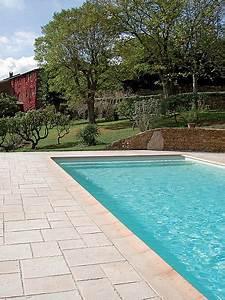 Abords de piscine : quel revêtement choisir ? Travaux