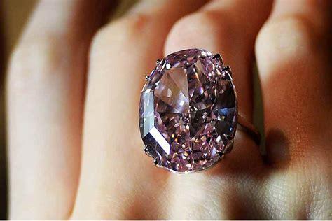 le canapé le plus cher du monde l 39 acheteur du diamant le plus cher du monde n 39 a pas payé