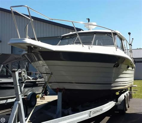 Penn Yan Boats For Sale In Michigan by 1988 Used Penn Yan 288 Predator Sports Fishing Boat For