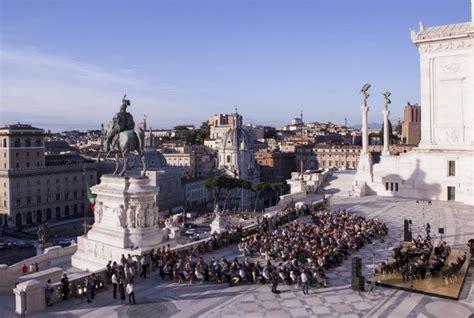 terrazze vittoriano roma la terrazza vittoriano si apre gratis all arte e