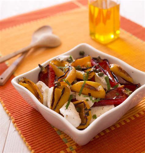 poivron cuisine poivrons grillés et mozzarella en salade les meilleures
