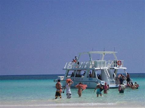 Glass Bottom Boat Cayo Coco by Glass Bottom Boat To Go Snorkelling Picture Of Tryp Cayo