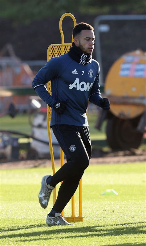 Jose Mourinho wishes Memphis well at Lyon - Official ...