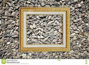 Cadre De Tableau : cadre de tableau d 39 or sur la texture en pierre images ~ Dode.kayakingforconservation.com Idées de Décoration