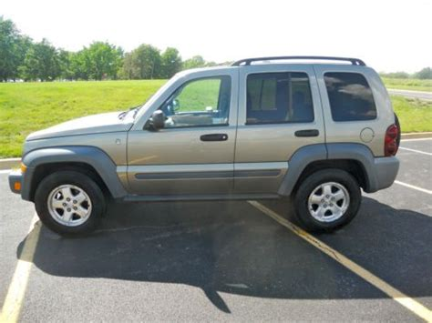 Sell Used 2006 Jeep Liberty Sport Sport Utility 4door 2