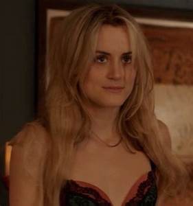 Piper Chapman long hair | Unconditioned response ...