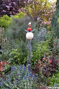 deco jardin en raku With chambre bébé design avec fleurs en céramique pour tombe