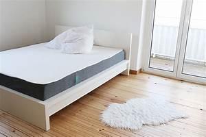 Matratze Auf Boden : emma ist schlafkomfort ~ Orissabook.com Haus und Dekorationen