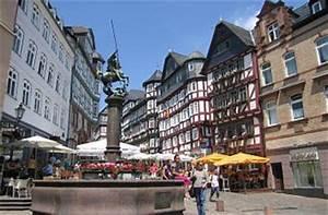 Markt De Biedenkopf : quermania hessen marburg an der lahn marktplatz und marktbrunnen sehensw rdigkeiten ~ Orissabook.com Haus und Dekorationen