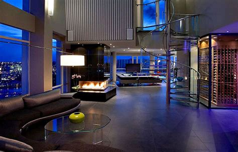 Yaletown Penthouse By Feenstra Architecture