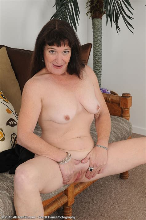 Black Haired Milf Anna D Polish Her Pearl Milf Fox