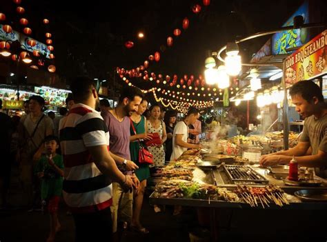 jalan alor food street kuala lumpur malaysia night
