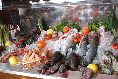 where to get fresh seafood is this seafood fresh food so good mall