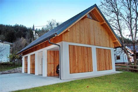 Nebengebäude Mit Garage Und Holzlager In Feldkirchen