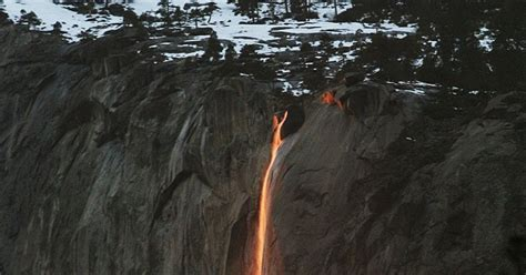 Firefall Wows Visitors California Yosemite National Park