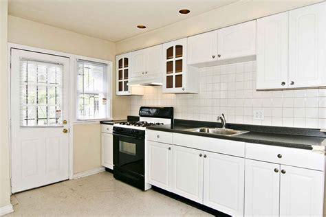 White Backsplash With White Cabinets : Kitchen Backsplash Ideas White Cabinets Black Countertops