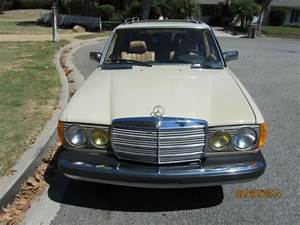 Mercedes 300 Td : sell used 1981 mercedes 300 td turbo diesel wagon in carpinteria california united states ~ Medecine-chirurgie-esthetiques.com Avis de Voitures