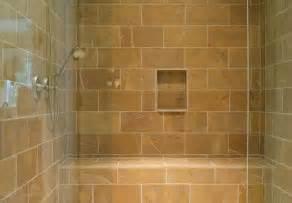 bodengleiche dusche mit wegklappbaren glastüren bodengleiche dusche fliesen so wird s gemacht