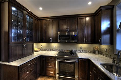 Glass Backsplash Ideas For Kitchens by Glass Backsplash Ideas Kitchen Traditional With Accent