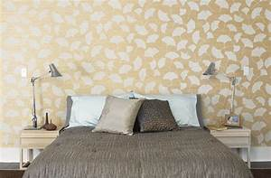 Modern wallpaper: Luxe neutral bedroom + ginkgo leaf grass ...
