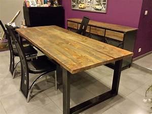 Table salle a manger bois brut table de salle manger for Meuble salle À manger avec grande table de salle a manger avec rallonge