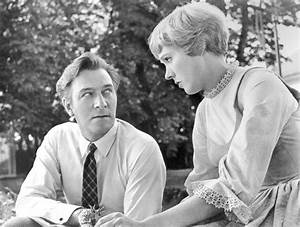 Julie Andrews: Muses, Cinematic Women   The Red List
