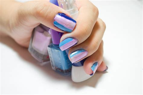 How To Care For Hands And Apply Nail Polish For Springtime