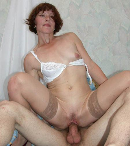 Russian mature porn from RussianMoms.com