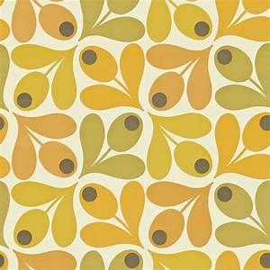 Multi Acorn Spot Wallpaper - Saffron (110419) - Harlequin