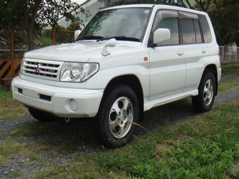 mitsubishi pajero io mitsubishi pajero io 4wd 2000 used for sale