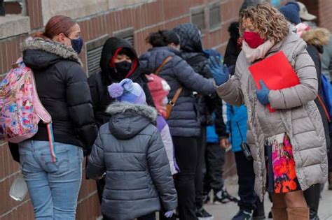 New York City, Los Angeles to send students back to school