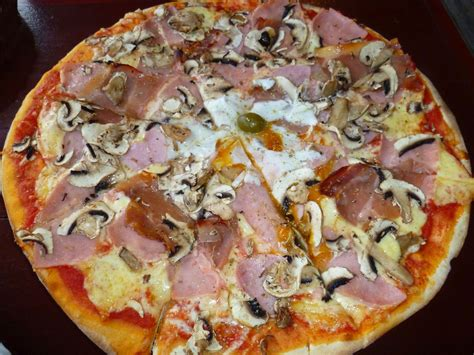 croatia food pizza gelato