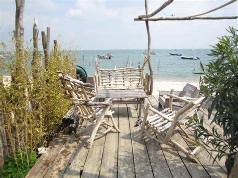 salon de jardin bois flotte 1000 id 233 es sur le th 232 me bois de plage sur