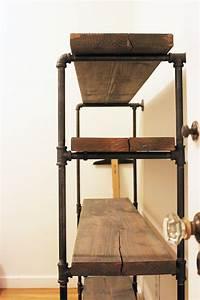 DIY Rustic Shelf: Building Keen