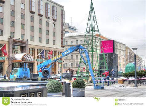 how to dismantle a christmas tree moscow the celebration was the tree dismantled editorial photo image of