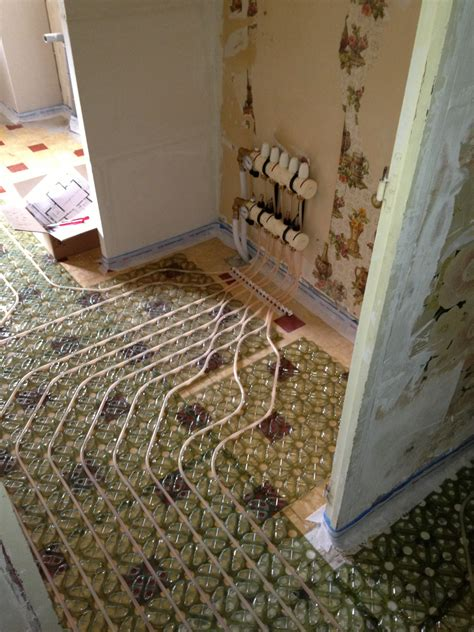 installation de plancher chauffant mince pour r 233 novation