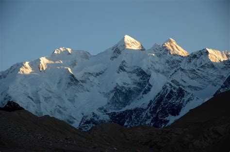 32 Gasherbrum Ii E, Gasherbrum Ii, Gasherbrum Iii North