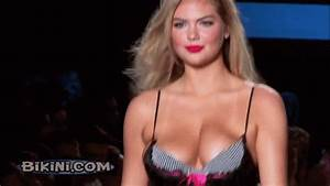 Bouncing Boobs GIF Find Share On GIPHY