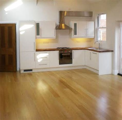 kitchen flooring types what are the differences between wood flooring types the 1720