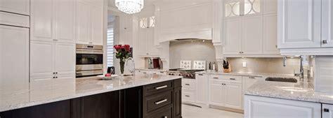 cuisine classique blanche armoires de cuisine classique montréal et rive sud