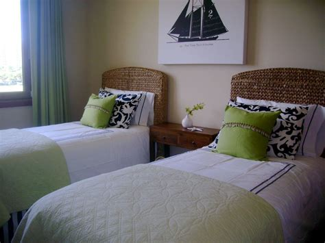King Or Two Twin Beds ... Click To See