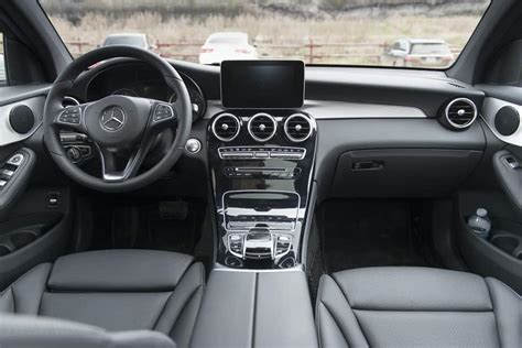 You can choose between gle 350 and gle 450 trim levels for 2020. 2017 Mercedes-Benz GLC 300 Coupe Review: SUV-Sports Car Complex