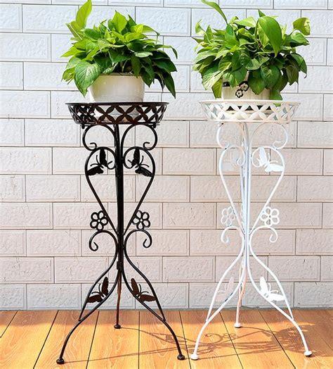 achetez en gros supports pour plantes en fer forgé en ligne à des grossistes supports pour