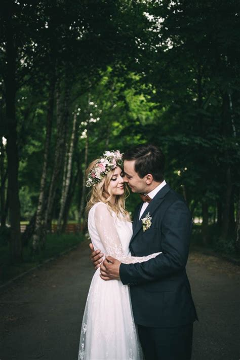 nature inspired polish wedding at gorzelnia 505 junebug weddings