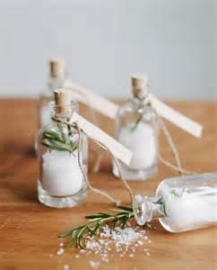 cadeau 2 ans de mariage des idées de cadeaux de mariage à faire soi même